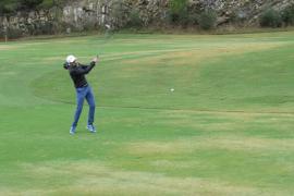 Mit Elan ging es auf dem Golfplatz von Alcanada zur Sache.