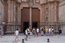 Polizei nimmt fünf Taschendiebe in Palma fest