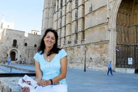 Allgäuer Autorin überrascht mit Mallorca-Krimi