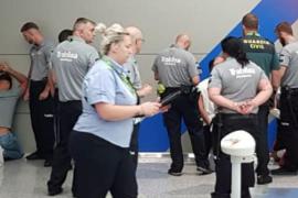 Vier Verdächtigte nahm die Polizei am Donnerstag am Flughafen Palma fest.