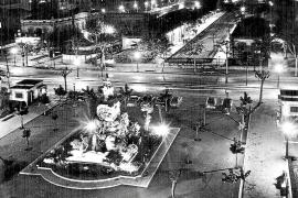 Blick auf die Plaça d'Espanya, als noch Autoverkehr erlaubt war.