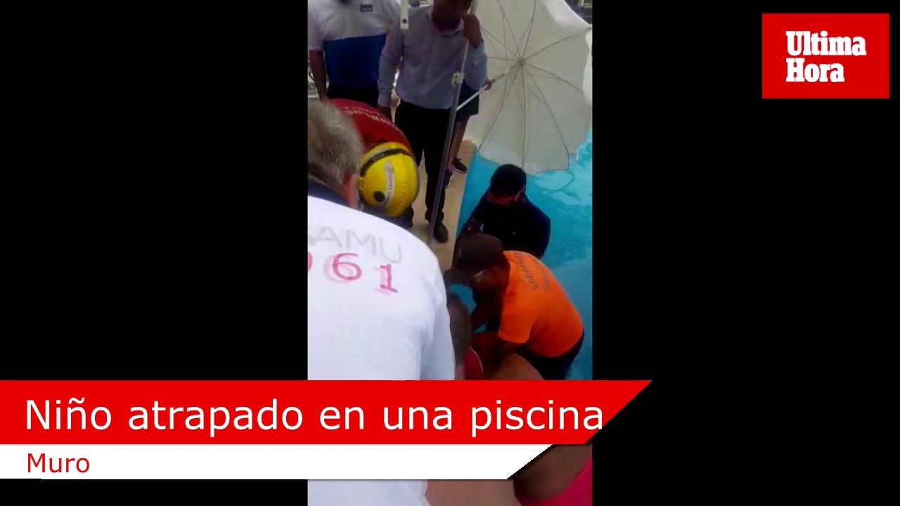 Feuerwehr rettet eingeklemmtes Kind aus Hotelpool