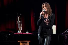 Konzert von Carla Bruni in Port Adriano abgesagt