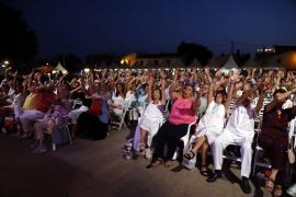1000 begeisterte Zuhörer beim Konzert in den Weinreben