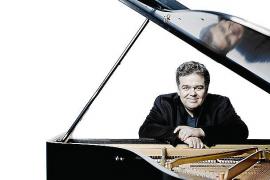 Top-Pianist Arcadi Volodos tritt im Torre de Canyamel auf
