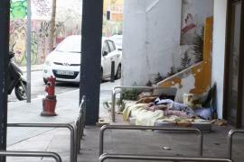 Obdachlose hausen seit Wochen an der Plaça Gomila