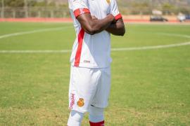 So wie hier Iddrisu Baba werden die Real-Mallorca-Kicker oft bei Auswärtsspielen gekleidet sein.