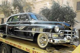 Cadillac von Juan March zieht durch Mallorcas Straßen