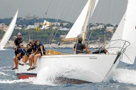 Oldtimer segeln in Palma um die Wette