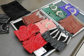 """16 verschiedene Designs der """"Armelle""""-Handschuhe gibt es derzeit."""