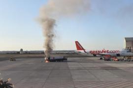Tankwagen geht am Flughafen Palma in Flammen auf