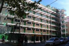 Mann stürzt aus Schulgebäude in Palma in den Tod