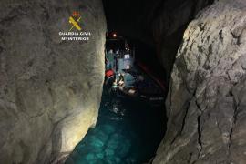 Schwimmer vor Mallorca von Feuerquallen eingekreist