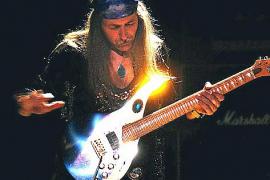 Das Exklusiv-Konzert des früheren Leadgitarristen der Scorpions auf dem Legends Boat musste verschoben werden.