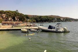 Rathaus Pollença räumt in seiner Bucht auf