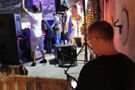 Polizisten stoppen zu lautes Konzert in Palma