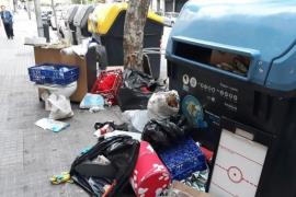 Müll neben Containern kostet Millionen pro Jahr