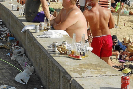 Mallorca bastelt an Gesetz gegen Sauftourismus