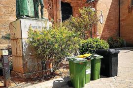 Müllcontainer verschandeln Denkmal