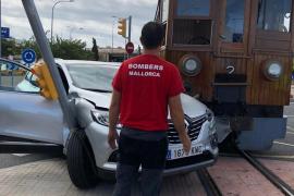 Deutsche Autofahrerin stößt mit Rotem Blitz zusammen