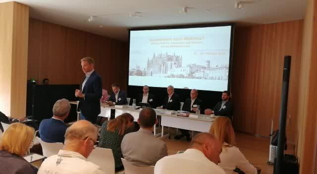 FDP-Chef Christian Lindner spricht in Palma