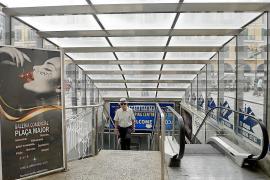 Rolltreppen an der Plaça Major stehen still