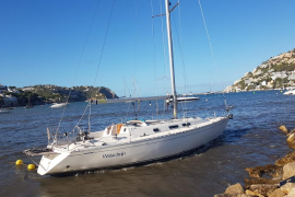 Gestrandete Yacht.
