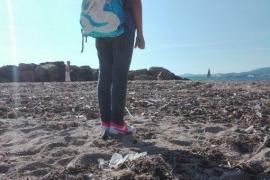 Kondome, tote Ratten und Spritzen am Molinar-Strand