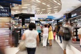 Unmut über Durchlaufzwang im Airport-Duty-Free-Shop