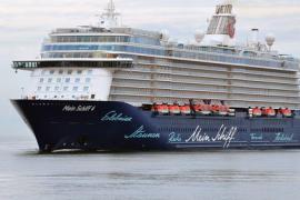 Deutscher Passagier mit Helikopter von Oceanliner evakuiert