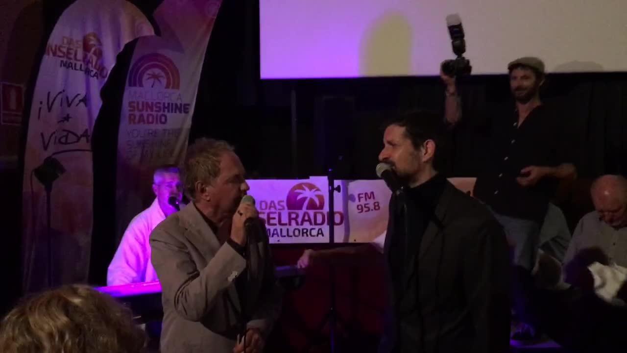Uwe Ochsenknecht macht Mallorca-Premiere zur Party