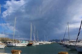 Viel Wind, bald erster Schnee und Nacht-Kälte auf Mallorca