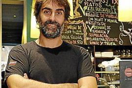 """Igor Rodríguez ist Küchenchef im Restaurant """"Txoko"""" in Palma."""