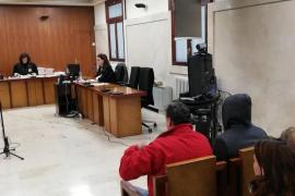 Guardia-Civil-Beamte klauten Araber 8000 Euro auf Ibiza