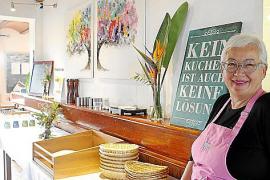 """Beate Hüller aus Frankfurt ist Küchenchefin auf der Finca """"Son Manera""""."""