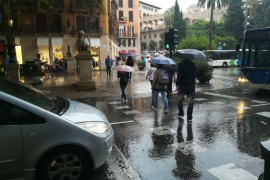 Regenfront löst Warnstufe Orange auf Mallorca aus
