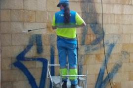 Palma entfernt fast 2000 Graffitis in einem halben Jahr