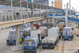 Erhöhte Strom- und Wasserkosten in Palmas Hafen wirkt sich auf Verbraucher aus