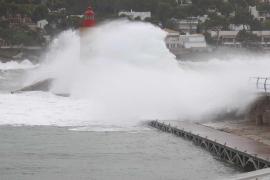 Rekordsturmtief mit Acht-Meter-Wellen im Anmarsch