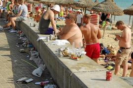 Anti-Sauf-Dekret ist Thema auf Touristikmesse Fitur