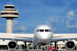 Politiker fordern Fixpreis für Festland-Flüge