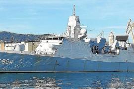 Holländisches Kriegsschiff hat in Palma angelegt