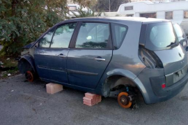 Verlassene Autos en masse in Palma abgeschleppt