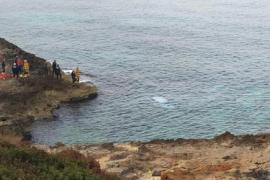 Mann mit Drogen im Blut stürzt mit Pkw ins Meer