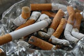 Rauchen in Autos wohl bald ebenfalls verboten