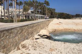 Strand von Sa Coma ist nunmehr zweigeteilt
