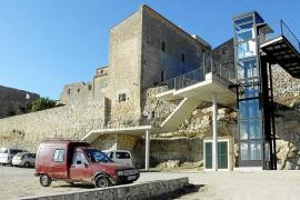 Inselrat stellt Betrieb von Geister-Glasaufzug ein