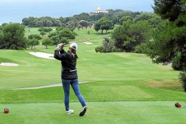 Die Anlage von Alcanada im Norden Mallorcas ist unter anderem für ihren Leuchtturm bekannt.
