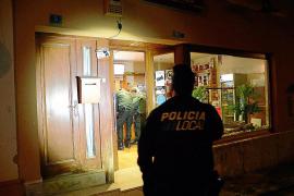 Kapuzenmänner überfallen Laden in Andratx