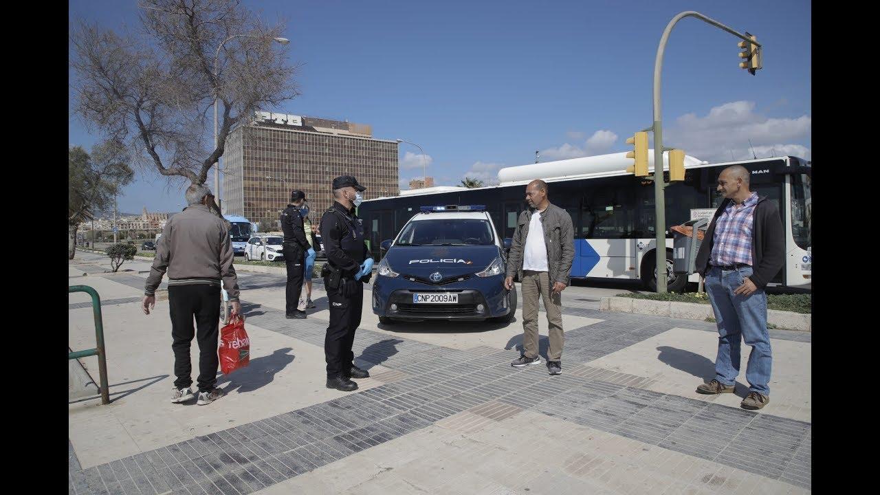 Erste Polizeikontrollen der Ausgangssperre auf Mallorca